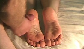 Raunchy dude cums on his girlfriend's feet