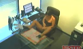 Office cam vidz of secretary playing with her twat